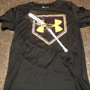 VGUC Under Armor Dri fit tee size 7